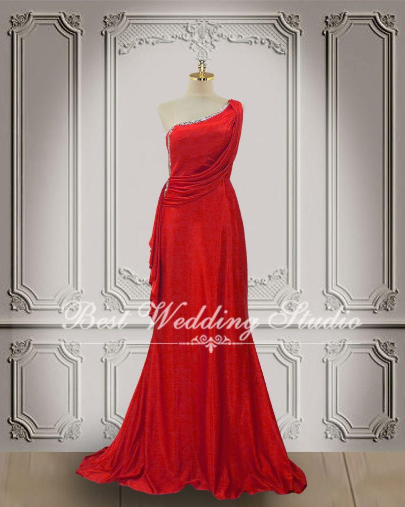 ชุดราตรียาว สีแดง